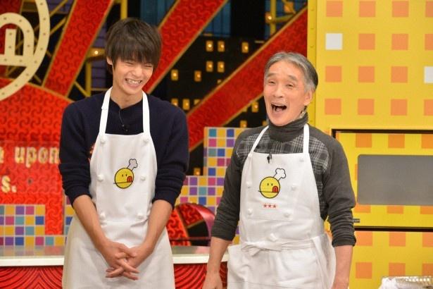 TBS系で放送中の「新チューボーですよ!」にイケメン俳優・窪田正孝(左)がゲストで登場
