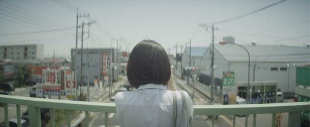 藤井道人監督による独特の映像美にも注目