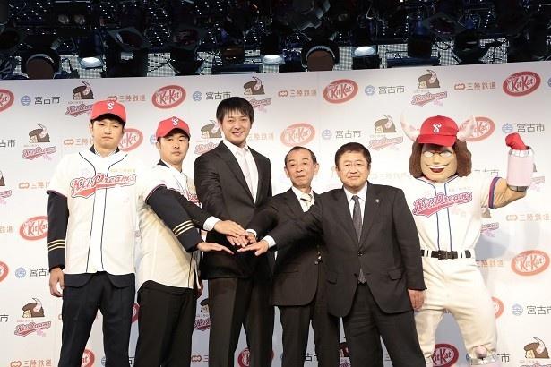 復興支援と草野球日本一を誓う、三陸鉄道キットDreams