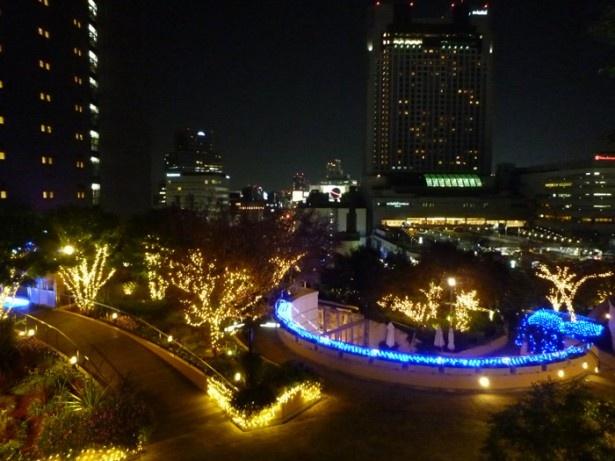 街の夜景とイルミネーションに魅了される