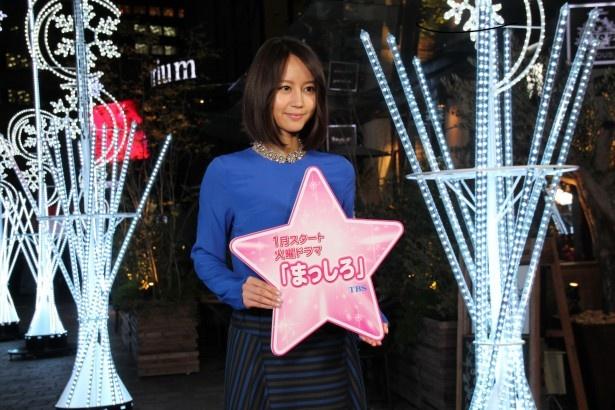 今回登場した堀北が主演する新ドラマ「まっしろ」(TBS系)は、'15年1月スタート!