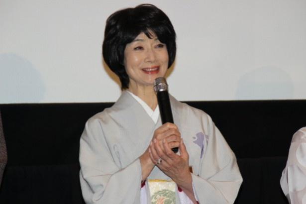老舗旅館の女将・お夏役の富司純子