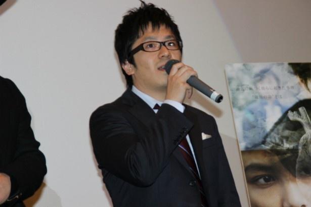 メガホンをとった松本准平監督