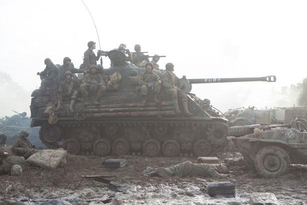 当時、戦車は移動手段にもなっていた