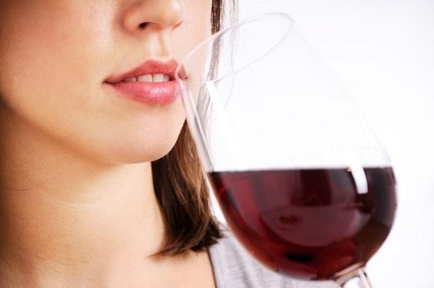 ポリフェノールがたっぷり入ったワインは1日2杯が体に良い目安