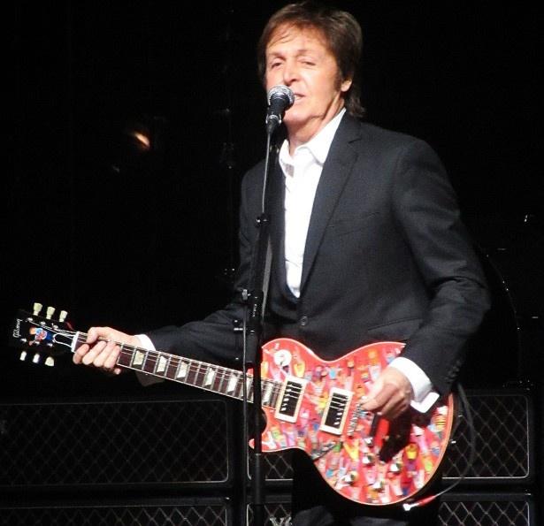 84年オリジナルの「バンド・エイド」ではポール・マッカートニーが参加