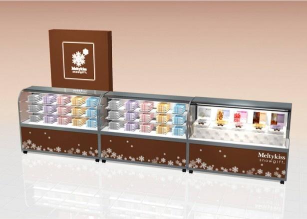 チョコレートのセピアと雪の白をベースカラーにした、プレミアム感あふれる店舗「メルティーキッス スノーギフト」