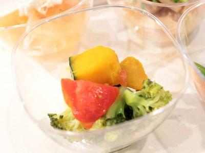 島根県産ブロッコリーを使用した「ビタミンACEサラダ」