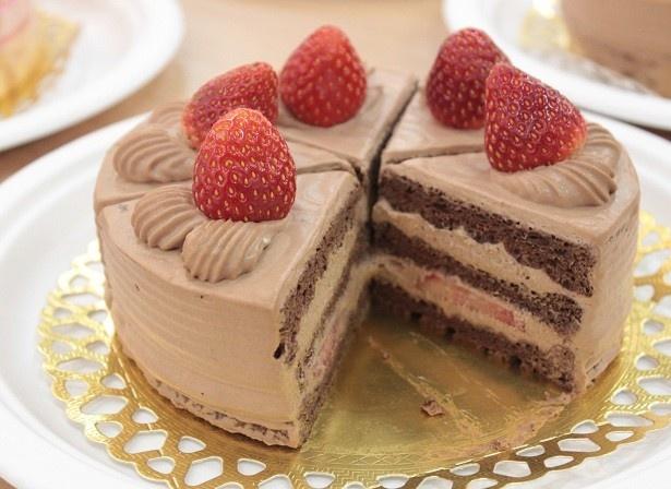 低糖質の「イチゴのチョコレートケーキ」