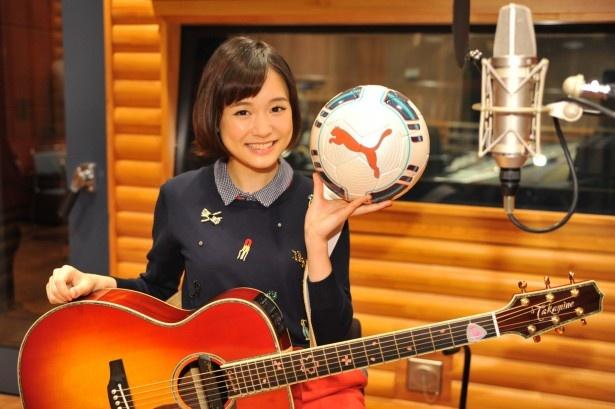 """今回の起用について、日本テレビスポーツ局・濱崎泰彦プロデューサーは「昨年まで高校生だった大原さんに""""等身大""""の応援歌を歌ってほしいと思いました」とコメント"""