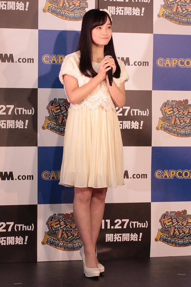 """天使すぎて話題になり2014年の顔にもなった、""""アイドル界のモンスター""""橋本環奈"""