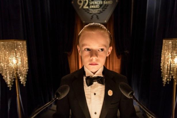 10歳にして天才科学者のスピヴェットを演じたカイル・キャトレット