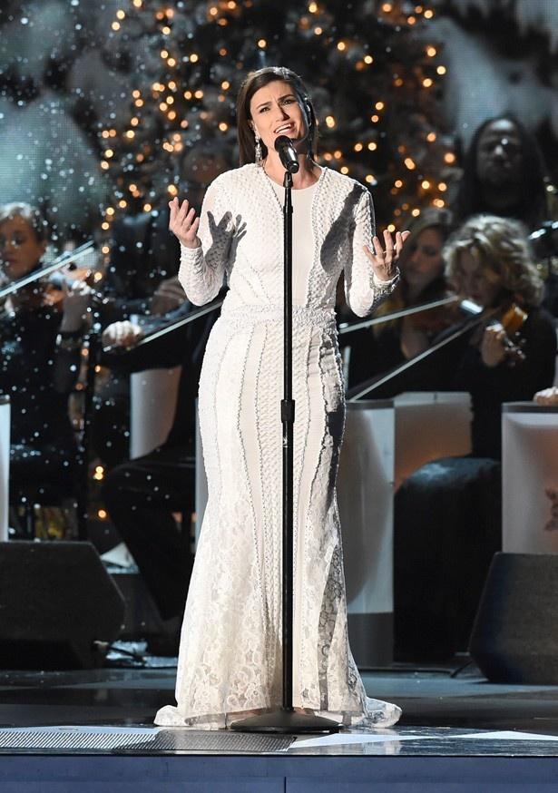イディナが歌った主題歌「Let it go」は第86回アカデミー賞歌曲賞を受賞した