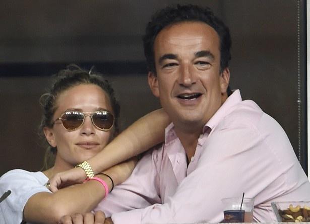 プライベートではサルコジ元フランス大統領の義弟オリヴィエ・サルコジと婚約している