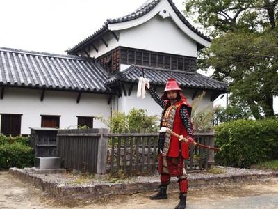 【写真を見る】軍師、黒田官兵衛が自信を持って薦める多聞櫓は、16の小部屋に別れている