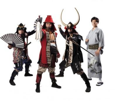 福岡をPRするため、全国各地を駆け回っている福岡黒田武将隊の4名