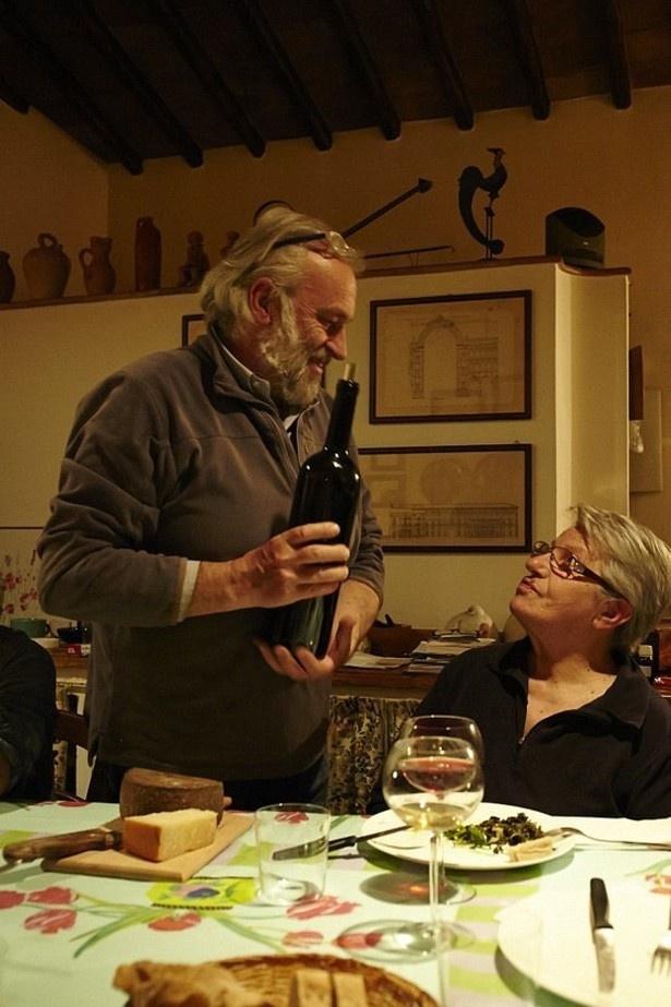 自然派ワインブームの先駆けであるヴィナイオータ代表・太田久人さんが惚れ込んだ生産者・マリーノ・コッレオーニ(左)さんも来日
