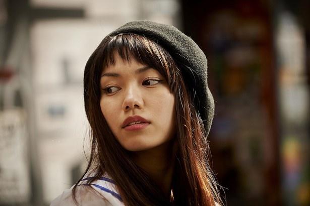 『日々ロック』でカリスマ的トップアイドル役に挑戦した二階堂ふみ