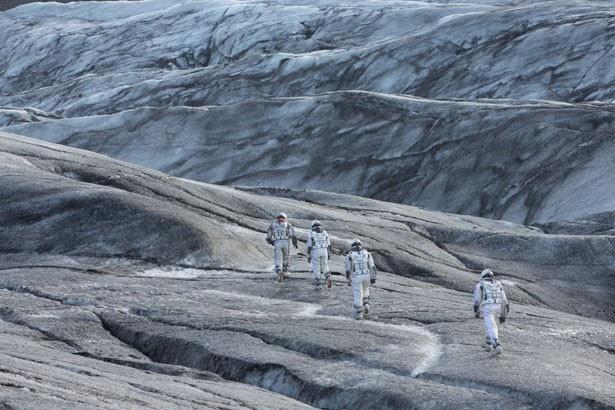 氷の惑星に到着。その行く末は…?