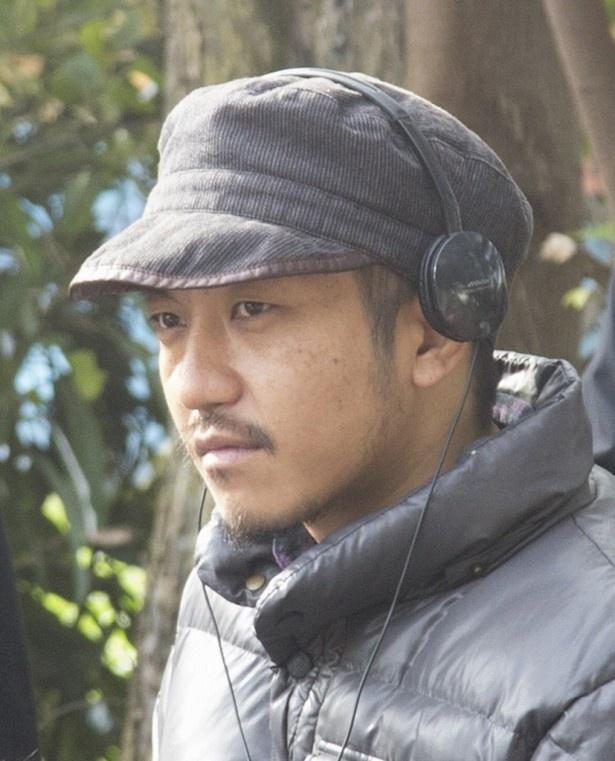 【写真を見る】ゲスト監督に抜てきされた白石和彌氏