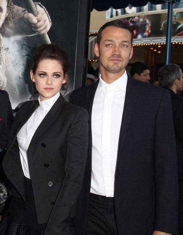 クリステンはルパート・サンダース監督と不倫したせいで映画界から干され気味だという