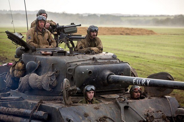 """""""フューリー""""と名付けられた戦車に乗り込んだ5人"""