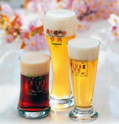 富士桜高原ビール3種類(ピルス・ヴァイツェン・限定メルツェン)を500円で90分飲み放題できる河口湖の「SYLVANS(シルバンズ)」