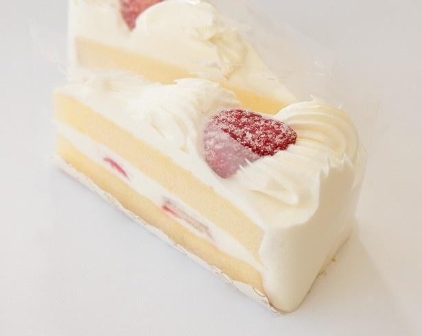 「UchiCafeSWEETS お試し 苺のショートケーキ」(495円/2個)は王道のおいしさ!