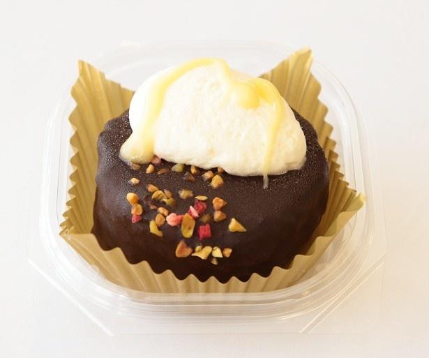 「UchiCafeSWEETS お試し ザッハトルテ」(260円)は大人のチョコレートケーキ
