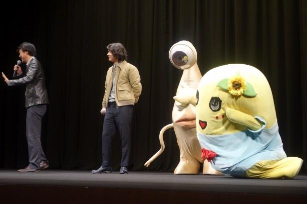 原作の大ファンだというふなっしーは、山崎監督に「寄生獣 完結編」への出演を懇願