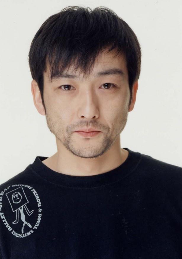 たま子の元上司で、ライバル店のオーナー・土田数雄役の吹越満