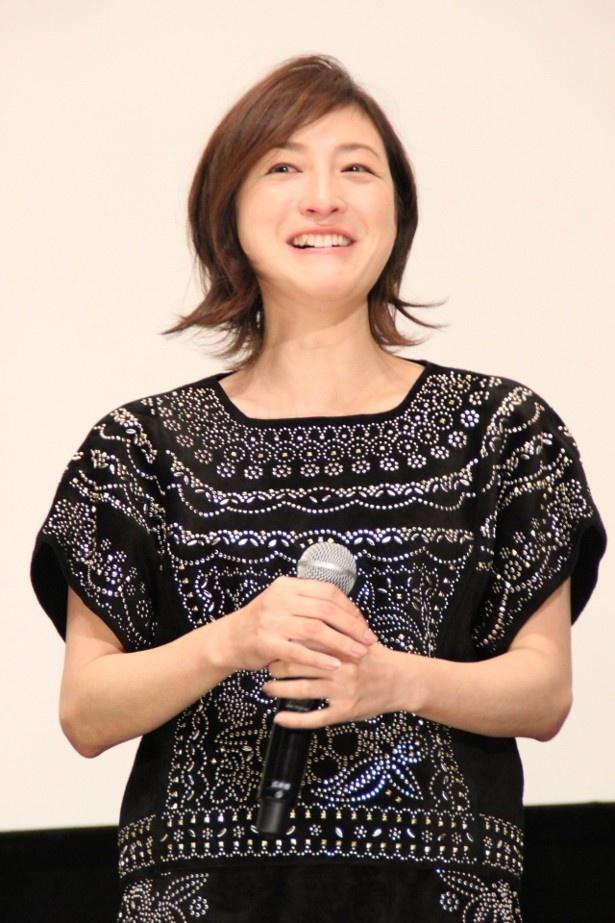 【写真を見る】広末涼子は、サプライズ演出に感涙しながら喜びを語った