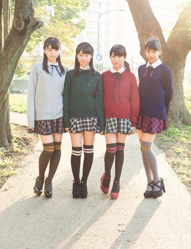モーニング娘。第12期メンバー。左から尾形春水(はるな)、野中美希、羽賀朱音(あかね)、牧野真莉愛(まりあ)
