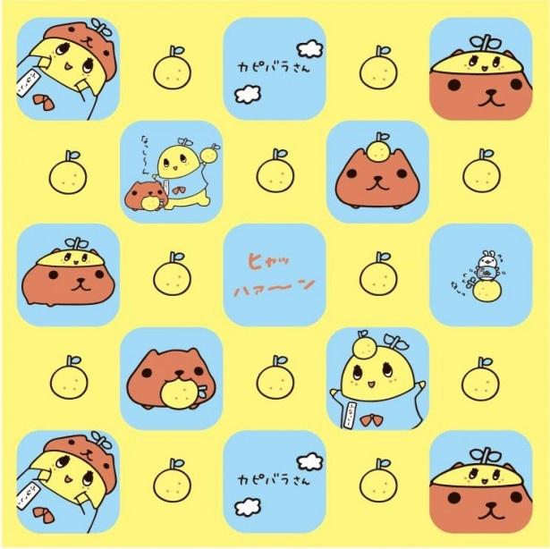 カピバラさんとふなっしーが描かれたハンドタオル(税抜600円)