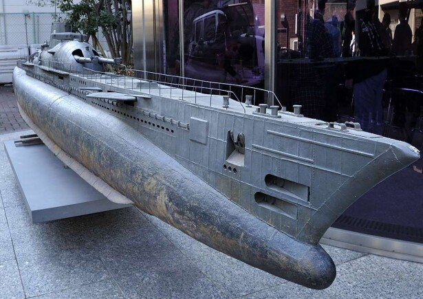こちらは映画「ローレライ」に登場した潜水艦伊507ローレライのモデル
