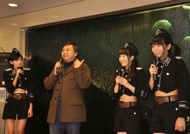 ステージでは宮脇社長も交えたトークも。「はちきんガールズ」の名にふさわしく、土佐弁のトークがかわいい
