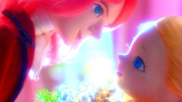 【写真を見る】人形たちが表現するほのかな初恋に胸キュン