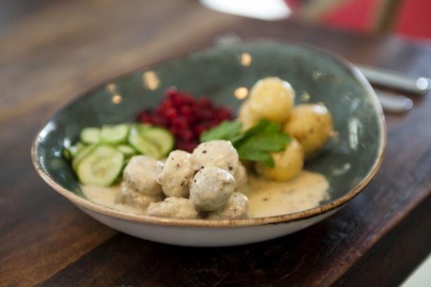 スウェーデンの国民食であるミートボールの専門店、ミートボールズは世界で初めて国外に出店。4種類のミートボールが味わえる