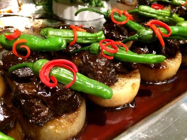 「CHINESE DINING 元町 心心相印」の「岩手畜産流通センター厳選の和牛頬肉 イタリアンバルサミコソース」