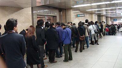 オープン時には200人が並ぶこんな行列も!