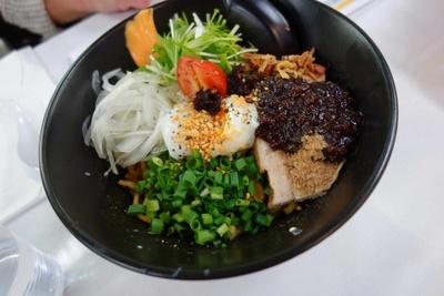 つけ麺・まぜそば部門3位 kibun.de.sachio「カレーまぜめん」