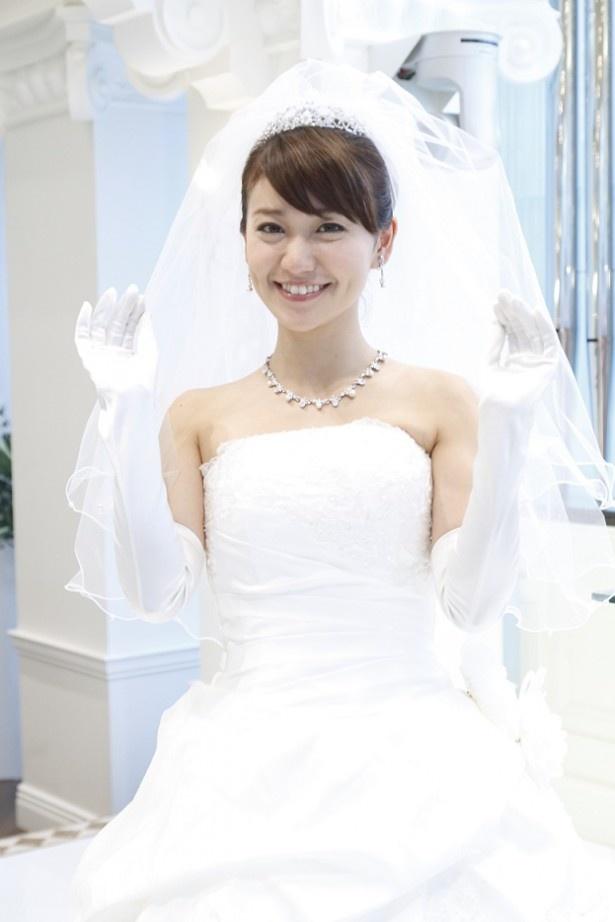 「銭の戦争」(フジ系)の第3話でウエディングドレス姿を披露する大島優子