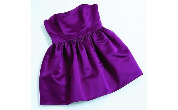 1枚でセクシーに、重ね着でカジュアルに使えるパープルベアトップドレスは買い!(2400円)