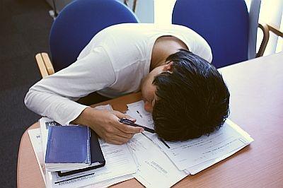 いい季節なので、仕事中ついつい眠くなってしまいますが…