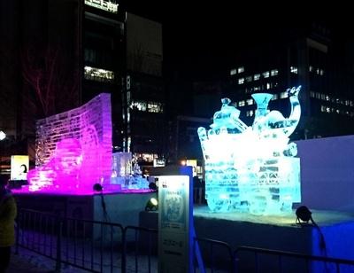大通公園 2丁目「道新氷の広場」の氷像