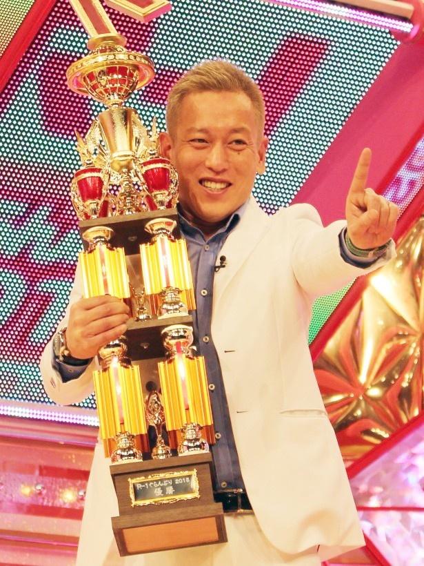 「R-1ぐらんぷり2015」で優勝を果たしたじゅんいちダビッドソン 「R-1ぐらんぷり2015」