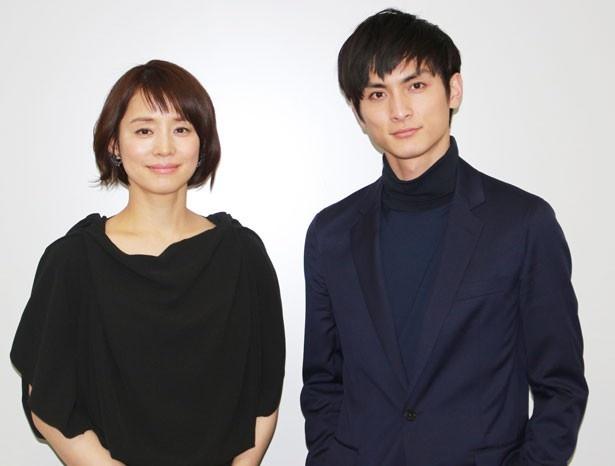 「『悼む人は』は特別な作品」と、感慨深く語る高良健吾と石田ゆり子
