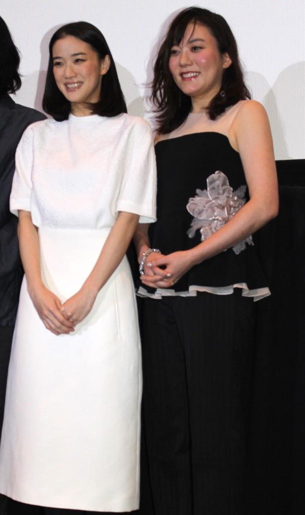【画像】鈴木杏(27)が場末のスナックのママみたいになって「花とアリス」の上映会に登場