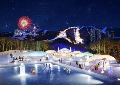 特設コースが隣接されている氷の街「アイスビレッジ」では様々なイベントが楽しめる