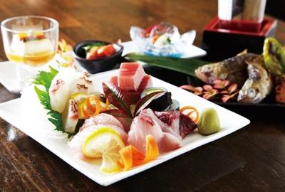 奈良の蔵元から直送される日本酒が楽しめる日本酒バル「梅田麹室 豊祝」が登場する